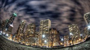 Превью обои чикаго, здания, небоскрёбы, ночной город, огни, рыбий глаз