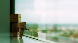 Превью обои danboard, окно, пара, картонный робот, стоять