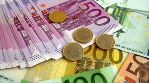 Превью обои деньги, евро, купюры, монеты