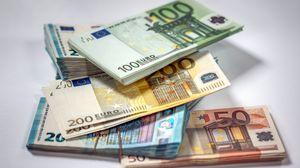 Превью обои деньги, купюры, евро, валюта