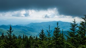 Превью обои деревья, горы, облака, природа, вид сверху