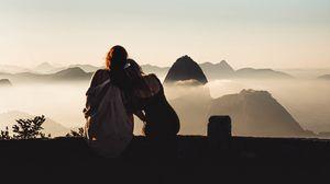 Превью обои девушки, подруги, дружба, туман, горы