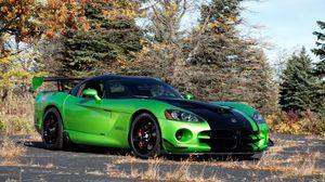 Превью обои dodge, viper, acr snakeskin edition, авто, додж, вайпер, зеленый, эстакада, небо