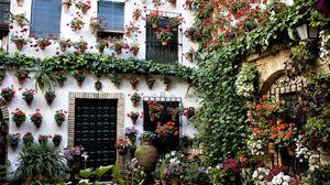 Превью обои дом, здание, цветы, красиво