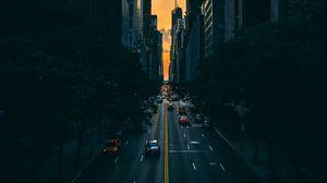 Превью обои дорога, движение, небоскребы, манхэттен, нью-йорк