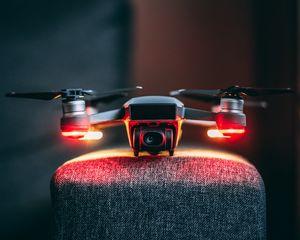 Превью обои дрон, камера, технологии, устройство