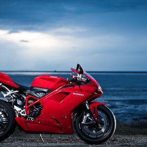 Превью обои ducati, 1098, мотоцикл, море, красный