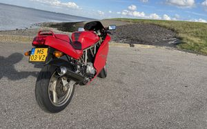 Превью обои ducati 600, ducati, мотоцикл, красный
