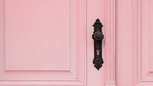 Превью обои дверь, ручка, замок, розовый