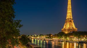 Превью обои эйфелева башня, башня, река, дорога, длинная выдержка