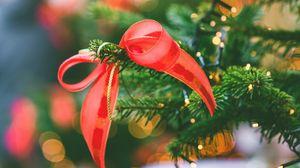 Превью обои елка, бант, гирлянды, украшения, новый год, рождество