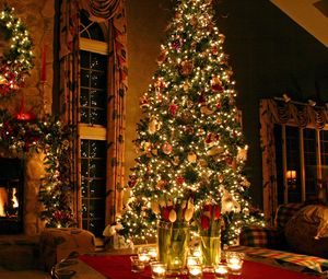 Превью обои елка, дом, новый год, праздник