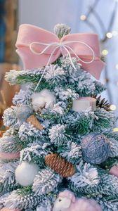 Превью обои елка, новогодняя, украшения, рождество, новый год