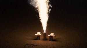 Превью обои фейерверк, искры, взрыв, темный