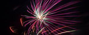 Превью обои фейерверк, искры, взрывы, свет, разноцветный