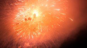Превью обои фейерверк, взрывы, искры, свет, дым, красный