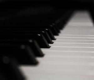 Превью обои фортепиано, клавиши, музыка, черно-белый