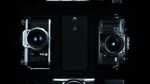 Превью обои фотоаппараты, винтаж, смартфон, ретро, чб