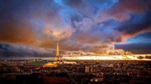 Превью обои франция, париж, дома, даль, горизонт, эйфелева башня, рассвет, закат, небо, облака