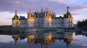 Превью обои франция, замок, белокаменный, река, небо, красивый пейзаж