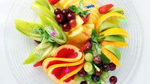 Превью обои фрукты, нарезка, яблоки, ананасы, вишня, клубника, лимон, грейпфрут