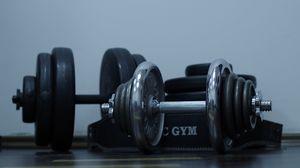 Превью обои гантели, спортзал, вес, диски