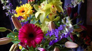 Превью обои герберы, орхидеи, цветы, букет, оформление, композиция