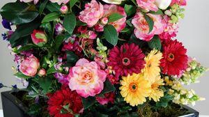 Превью обои герберы, розы, тюльпаны, левкой, композиция