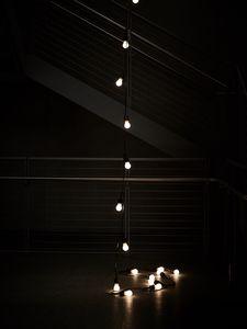 Превью обои гирлянда, лампочки, огни, свет, темный