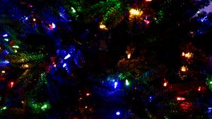 Превью обои гирлянды, елка, рождество, новый год, декорация, разноцветный