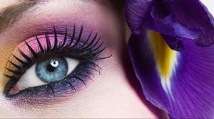 Превью обои глаз, ресницы, девушка, цветок, зрачок