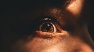 Превью обои глаз, зрачок, ресницы, крупным планом