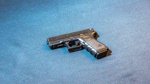 Превью обои glock, пистолет, оружие