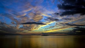 Превью обои горизонт, море, закат, небо, облака
