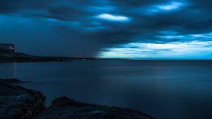 Превью обои горизонт, сумерки, шторм, небо, облака, берег