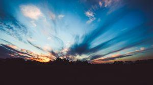 Превью обои горизонт, закат, деревья, небо, сумерки, вечер