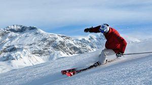Превью обои горные лыжи, фрирайд, freeride, склоны, лыжник, снег