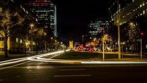 Превью обои город, улица, дорога, свет, длинная выдержка, темный