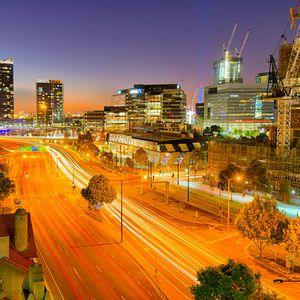 Превью обои город, здания, дорога, сумерки, огни, вид сверху