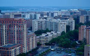 Превью обои город, здания, дорога, вид сверху, сумерки