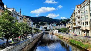 Превью обои город, здания, канал, набережная, архитектура