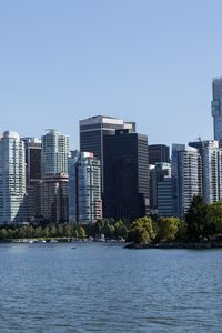 Превью обои город, здания, побережье, мегаполис, вода