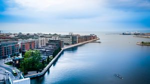 Превью обои город, здания, пристань, вода, вид сверху