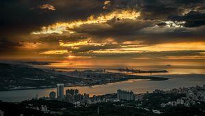 Превью обои город, здания, река, вид сверху, сумерки