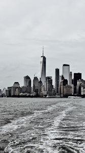 Превью обои город, здания, вода, волны, мегаполис, черно-белый