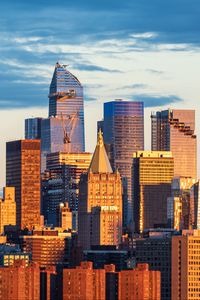 Превью обои город, здания, закат, мегаполис