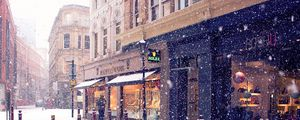 Превью обои город, зима, европа, улица, снег, магазины