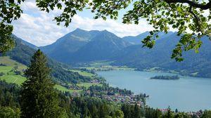 Превью обои горы, деревья, домики, вид сверху, пейзаж