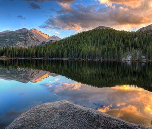 Превью обои горы, лес, деревья, озеро, отражение, природа