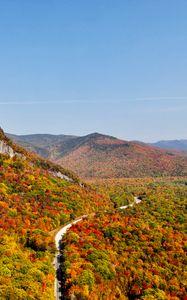 Превью обои горы, лес, дорога, осень, вид сверху